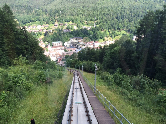 Sommerberg Zug im Wildbad